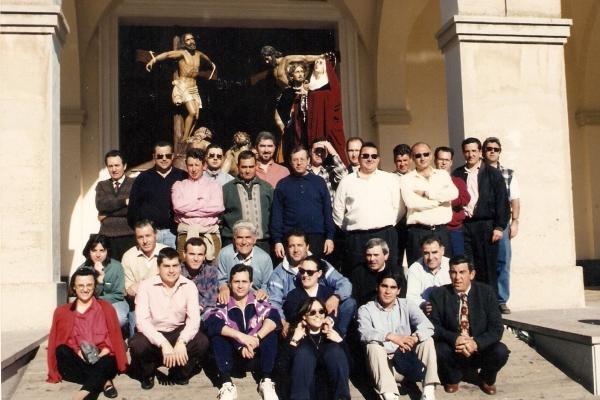 crucifixion1997-2C0587311-FDCB-06A5-8308-1BD601704C09.jpg